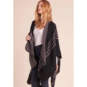 NWT BB Dakota Reversible Striped Poncho